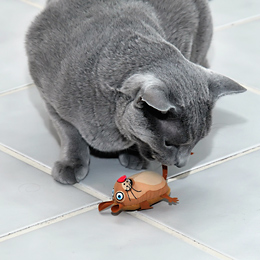 EEEKS! Catnip Mouse Toy Usage